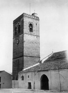 Iglesia y torre ( 1923)